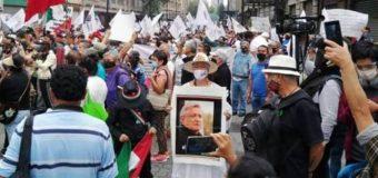 Frente anti FRENA marcha de Bellas Artes a Zócalo en apoyo a AMLO