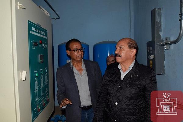 Entrega Armando Quintero obras hidráulicas en la Unidad Habitacional Barrio Santiago