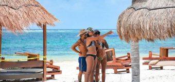 Llegan más turistas internacionales a México en julio, pero el nivel está lejos de cifras pre-COVID