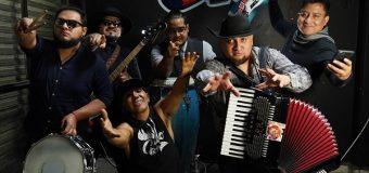 Gallo Rojo presenta su nueva producción Rebeldes & Locos Por Amor