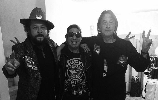 Huevo Frito Rock Band presenta Rock Duro y Machín, producido y distribuido por Discos Denver