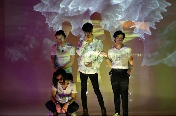 """Dust & Violets lanza sencillo """"Estar Aquí"""""""